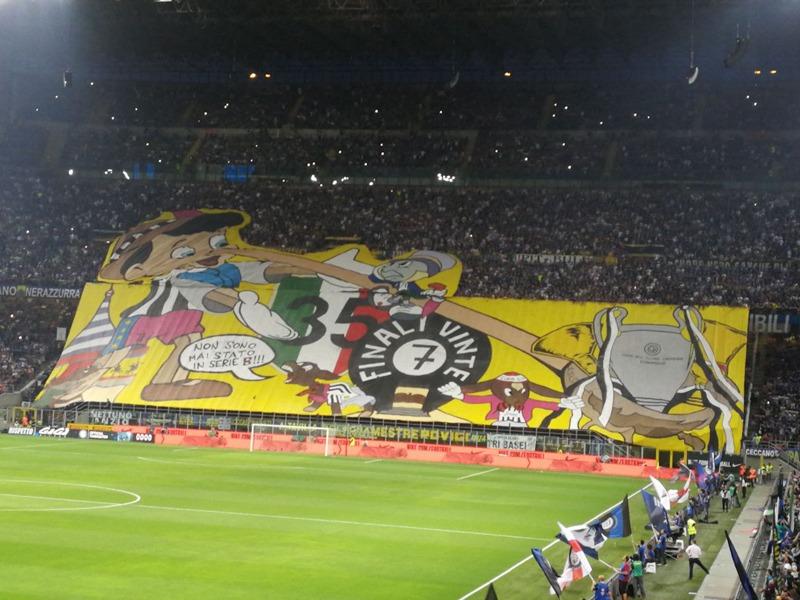 Inter-Juventus-san-siro-zajazd-futbalovysen