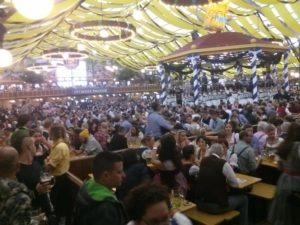 Oktoberfest-stan-cez-den