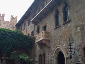 Verona-balkon-Julie