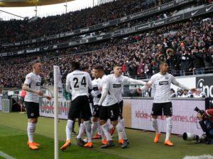 eintracht-frankfurt-finale-poharu