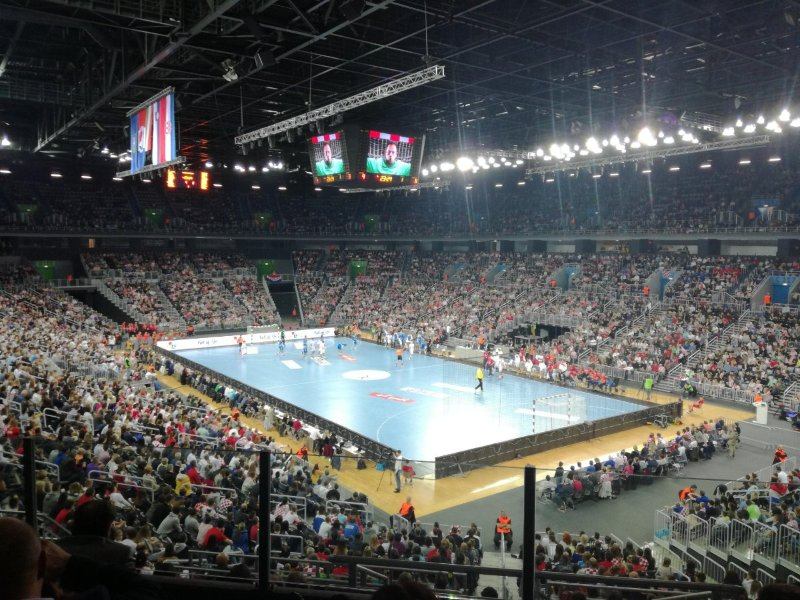 www.sportovysen.sk